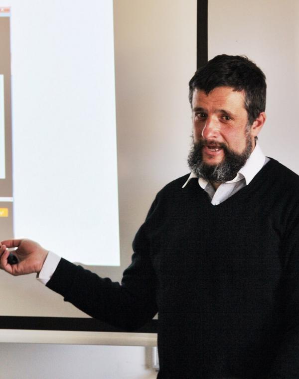 Colin Simpson presenting